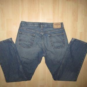 Levi Signature Slim Straight Jeans